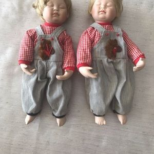 Dolls sleeping twins by A.Brown